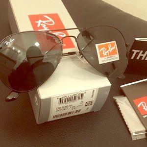 Ray-Ban Aviator Unisex Sunglasses 3026 62mm Black